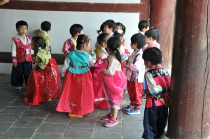 confucian toddlers in hanbok