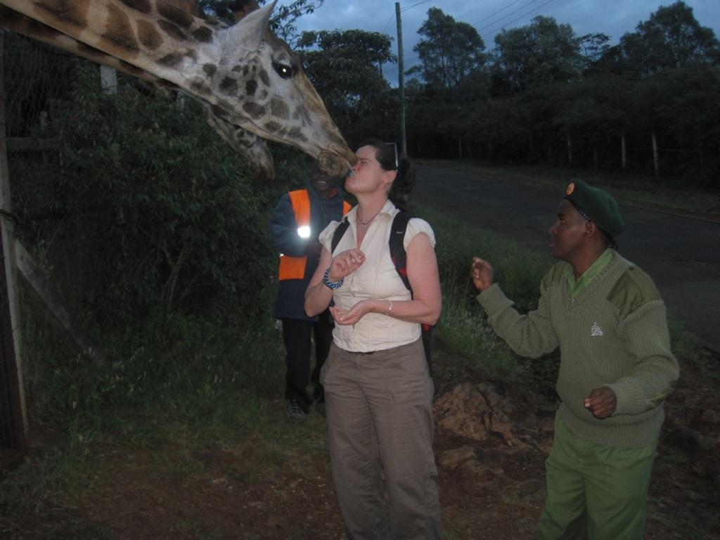Jan Reynolds with giraffe