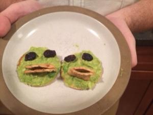 Parrot Crackers